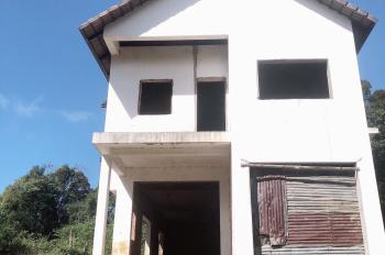 Bán đất kèm theo nhà thô Măng Đen - khu phố nhà báo trung tâm thị trấn, giá chỉ 2,2 tỷ / 1000m2