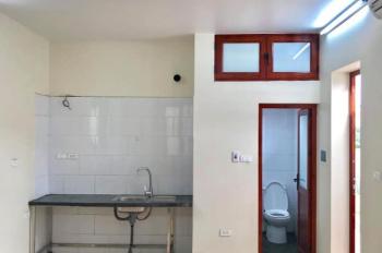Cho thuê phòng giá 2tr - 3,5tr/th ngõ 150 Chùa Láng, gần ĐH Ngoại Thương, Ngoại Giao, Luật