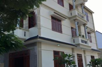 Bán gấp căn biệt thự ba tầng trung tâm Quy Nhơn để định cư nước ngoài, giá quan tâm thật sự