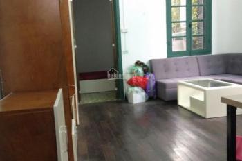 Cần cho thuê căn hộ tầng 2 nhà 114 Phó Đức Chính, Ba Đình, Hà Nội