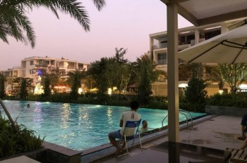 Sàn GD Him Lam Phú Đông chuyên gửi bán, thuê view hồ bơi, mầm non, giá 7,5tr/th. LH: 094.3838.128