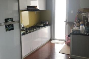 Đi nước ngoài, bán căn góc 8X Plus, đầy đủ nội thất, sàn gỗ, nhà làm rất chắc chắn rất đẹp