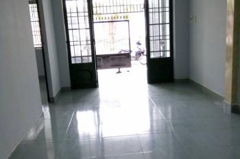 Cho thuê nhà phường Phú Hòa, nhánh đường Lê Hồng Phong, gần khu thương mại Becamex, 3PN, giá 7tr/th