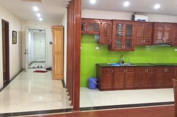 Bán căn hộ 159m2 full nội thất, sửa cực đẹp, hướng Đông Nam giá 2,7 tỷ. Tel 0985269999