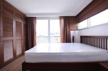 Cho thuê nhà DT 200m2, 2 tầng có 14 phòng có bếp đủ đồ, phố An Dương, Tây Hồ, Hà Nội