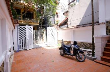 Bán nhà Quảng An 170m2, nhà kiểu biệt thự