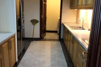 Cho thuê căn hộ siêu cao cấp Vincom Đồng Khởi, đường Lê Thánh Tôn, Q. 1, DT 163m2, 3PN