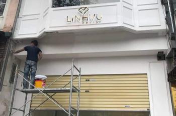 Cho thuê cửa hàng cực đẹp phố Kim Mã ngay gần ngã ba, DT 30m2, MT 4.5m, giá 17 tr/th. LH 0974739378