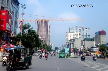Bán nhà lô góc mặt phố Tân Mai 99.8 m2 x 2 tầng, giá 21.999 tỷ