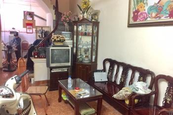 Vị trí trung tâm giá rẻ nở hậu phố Lương Sử C, 33m2, 4 tầng, gần Vinmart trường chợ bệnh viện