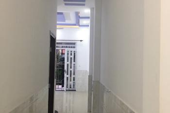Cho thuê nhà nguyên căn, gần đường số 9, Linh Xuân, cách Quốc lộ 1K 50m, DT 70m2, trệt 1 lầu, 4PN