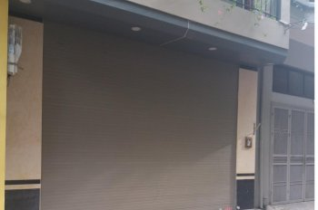Nhà phân lô ngõ 1 đường Phạm Tuấn Tài. Diện tích 70m2 xây 6.5 tầng, có thang máy, giá 30 tr/tháng