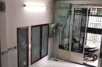 Cần bán gấp nhà HXH Đ. Phạm Ngọc, Q. Tân Phú, DT: 4mx12m, 1T 1L, giá: 4tỷ380. LH: 0933058583 Kiệt