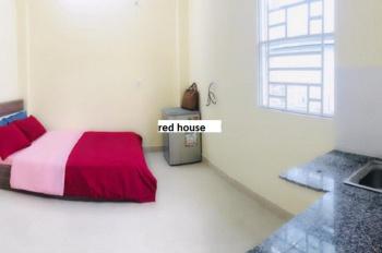 Phòng mới, tiện nghi đầy đủ gần Hoàng Hoa Thám - Tân Bình, giá 3,5 tr/th. LH: 0772038275