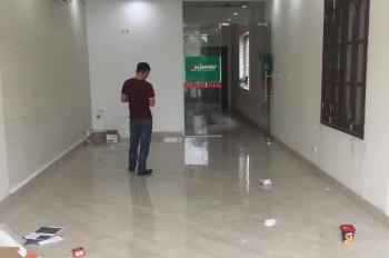 Cho thuê văn phòng ở mặt phố Nguyễn Khang. Liên hệ 0965836488