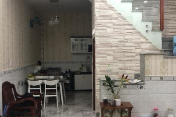 Bán nhà 4,5x9m, 1 lầu, 2PN, hẻm 2,5m đường Bùi Minh Trực, P. 5, Q. 8. LH 0938722995