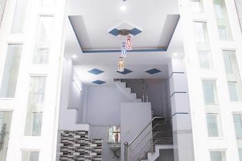 Bán nhà 3,3x8m, 1 trệt, 2 lầu, sân thượng, hẻm 3m đường Hoài Thanh, P. 14, Q. 8. LH 0938722995