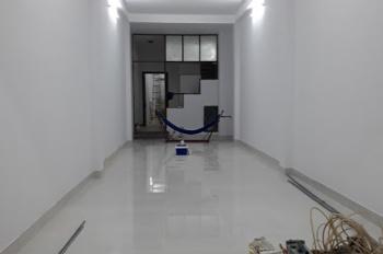 Cho thuê nhà mặt tiền đường Đồng Đen DT: 4,5x22m Phường 14 Quận Tân Bình