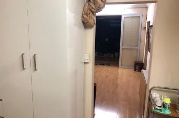 Bán căn hộ tập thể tầng 4, nhà A5 ngõ 1, Tôn Thất Tùng, sổ đỏ chính chủ, 0983986587