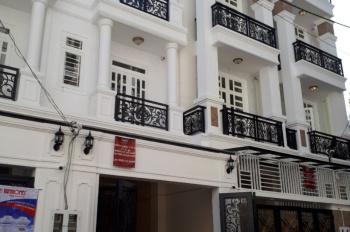 Chính chủ bán nhà Phạm Văn Đồng ngay GiGa Mall gần cầu Bình Triệu, Thủ Đức, 3 lầu tặng nội thất