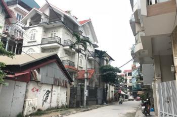 Cho thuê tầng 1 tiện kinh doanh phố Quảng An