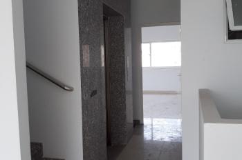 Cho thuê Nhà mặt tiền đường 60m Nhà số 211 đường Đồng Vãn Cống , quận  2