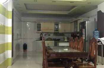 Nhà hẻm 14m nội bộ Lũy Bán Bích, DT: 4.2x23m, đúc 4.5 tấm có hầm. Giá rẻ: 8.8 tỷ