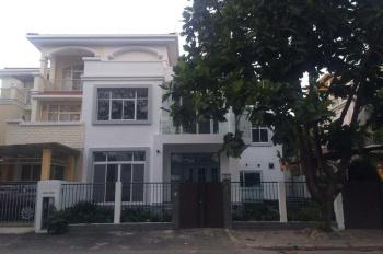 Cho thuê biệt thự phố vườn Phú Mỹ Hưng, Q7. DT 7x18m, giá 28 triệu, LH Mạnh 0909297271