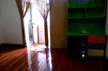 Cho thuê nhà riêng phố Tống Duy Tân, 40m2, 2 tầng, gồm 2 PN đủ đồ nhà đẹp, giá 8tr/th