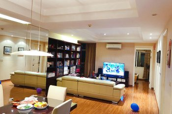 Bán căn hộ 3 phòng ngủ tại tòa E1 Ciputra, DT 123m2, giá 3.99 tỷ. LH: 0934435356