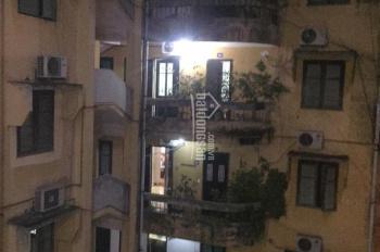 Cần bán căn nhà tập thể 55 m2, tại tầng 4, Ngọc Lâm, Long Biên. LH tôi Dương chính chủ 0981184321
