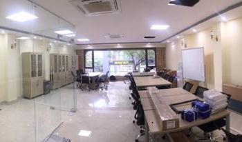Văn phòng đẹp ở Lê Đức Thọ cho thuê gấp, tiện nghi đầy đủ, free dịch vụ. LH ngay: 0989.048.753