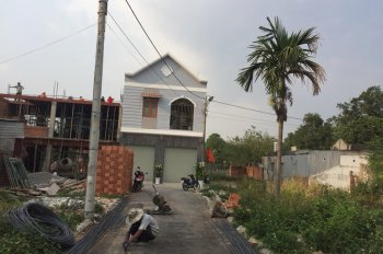 Cần bán đất gần Vincom phường Tân Tiến, sổ riêng thổ cư đường nhựa xe hơi đi thoải mái