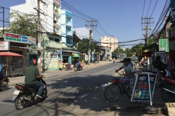 Bán đất q2 DT 1000m2 đất ở mặt tiền đường Nguyễn Thị Định, khu dân cư đông đúc giá 100 tỷ