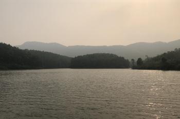 Bán 738m2 đất mặt hồ Đồng Chanh, Lương Sơn, giá 1 tỷ