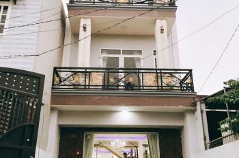 Bán nhà 2 lầu 1 trệt, diện tích 110m2, ngang 5m, đường Bình Thung, phường Bình An, thị xã Dĩ An