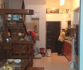 Chính chủ cần bán nhà ngõ 97/41 Văn Cao Liễu Giai Đội Cấn, Ba Đình DT 62m2, giá 8,3 tỷ ô tô vào nhà
