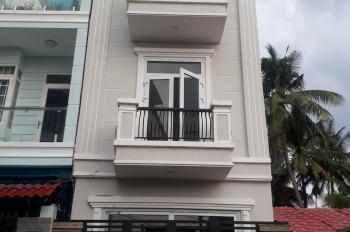 Chính chủ bán nhà mới xây 1 trệt 2 lầu, đường 11, Trường Thọ, Thủ Đức, giá 4.650 tỷ. LH 0792944469