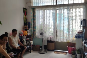 Bán nhà đường Lý Chính Thắng, P. 7, Q. 3, HCM cách đường bờ kè Hoàng Sa 50m nhà 4 lầu, 0906697386