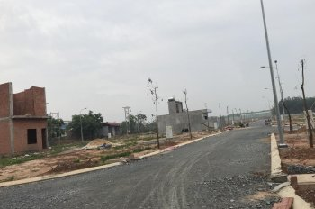 Bán lô đất Vsip 2 mở rộng, gần chợ Vĩnh Tân, 81m2, giá 700tr. Lh 0917391207
