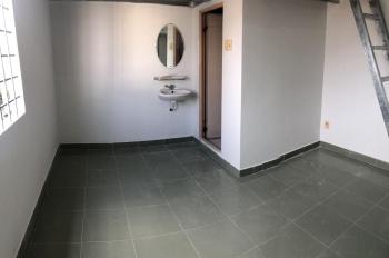 Phòng trọ mới xây lại còn mùi sơn, có gác + bếp, giờ tự do, không thu phí xe, kế bên Aeon Mall