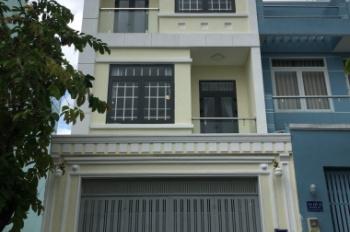 Kẹt tiền bán gấp nhà MT Nguyễn Văn Đậu, P. 6, DT 4x33m, giá: 14 tỷ