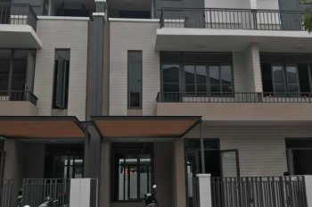 Rút vốn bán gấp nhà phố Lavila Kiến Á Nhà Bè, giá 6.2 tỷ, hướng Đông Nam, TT 70%, LH 0989611220