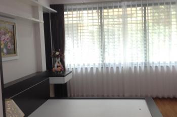 Cho thuê nhà PL phố Duy Tân, Cầu Giấy. DT 55m2 x 5 tầng, nhà đẹp, ô tô tránh nhau, giá 23tr/th