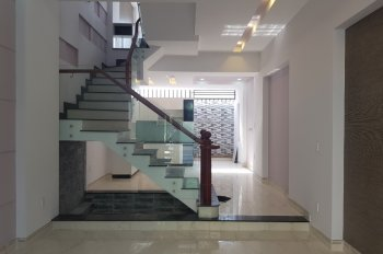 Nhà mới 100%, CC giá hot, hướng Tây, sổ hồng, thiết kế độc đáo, vị trí sát Nguyễn Duy Trinh