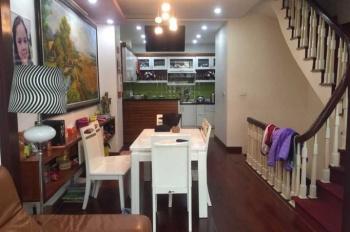 Cho thuê nhà liền kề Hoàng Văn Thái, 3.5 tầng x 60m2, ô tô tránh nhau, giá 17tr/th