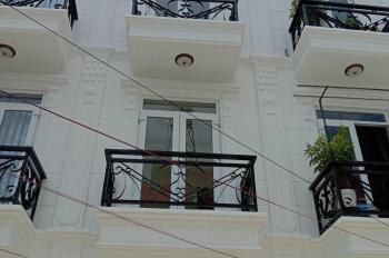 Bán nhà đường Thạnh Xuân 22, Quận 12 gần chợ Minh Phát, đúc một trệt, hai lầu, đường 8 mét