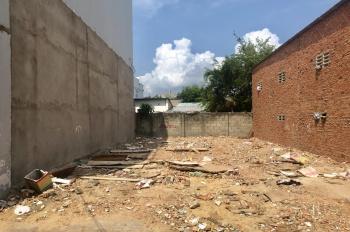 Bán gấp nhà nát 8x 17m, gần chợ Thủ Đức, Vincom Võ Văn Ngân, UBND P. Linh Tây