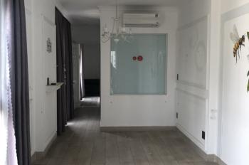 Cho thuê tòa nhà 2 mặt tiền 441 Hai Bà Trưng, góc Trần Quang Khải quận 1