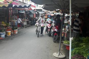 Bán nhà trong chợ đường Sơn Kỳ, P Sơn Kỳ, Q. Tân Phú, vị trí bao kinh doanh bán tất cả mọi mặt hàng